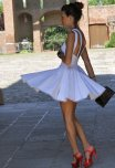 amateur photo Red shoes, white dress