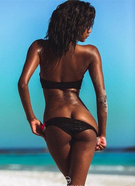 Nude Images Girl fucks big cock