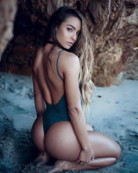 Sommer Ray Porn Photo