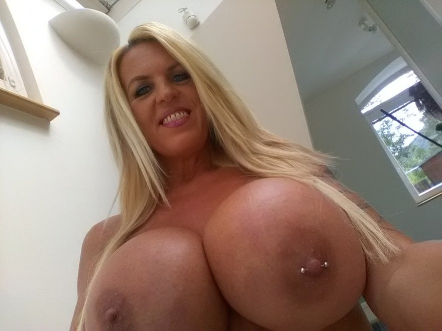 Sharon Perkins Porn Photo