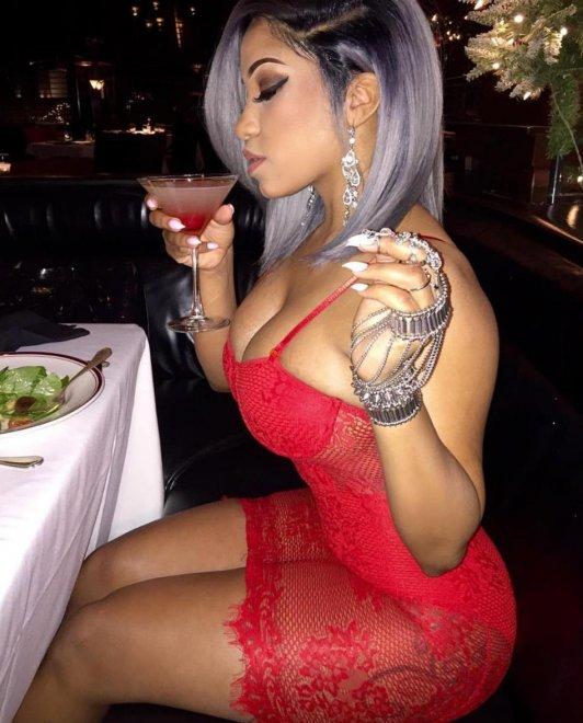 Red dress Porn Photo