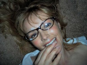 amateur photo Milf with Glasses