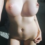 amateur photo wishing for morning sex <3