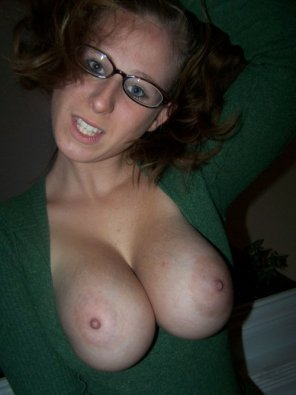 amateur photo Flashing her boobs
