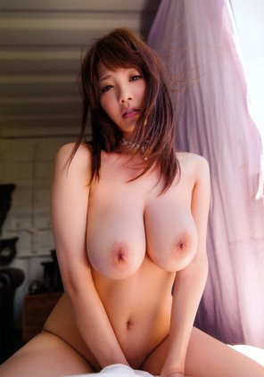 amateur photo Shion Utsunomiya