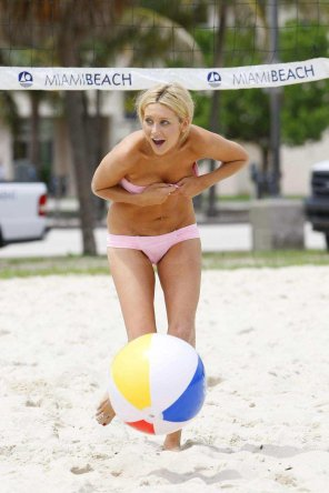 amateur photo Miami beach-ball boondoggle