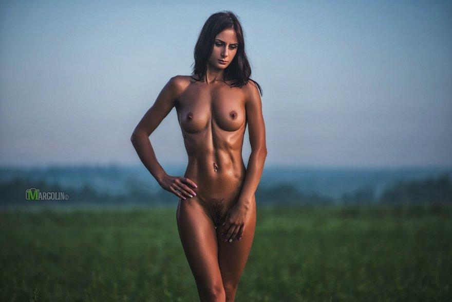 Pretty firm Porn Photo