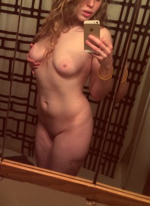 amateur photo I love to show off for Daddy! SC@ sexyamelia19