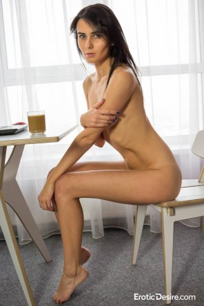 amateur photo Would you grab a coffee with her?
