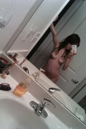 amateur photo Fresh out the shower