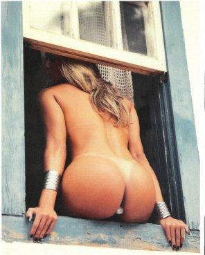 amateur photo Window Shot