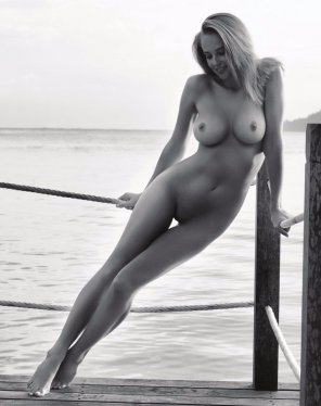 amateur photo Genevieve Morton