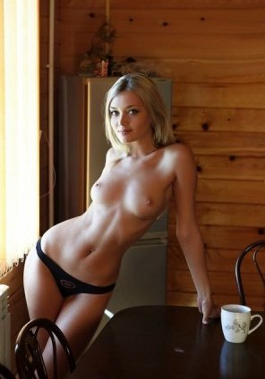 amateur photo Hunting Lodge Hostess