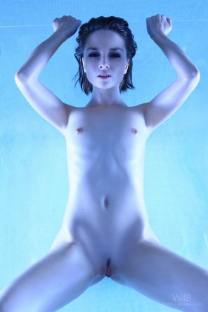 amateur photo Pale Blue