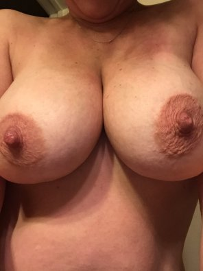 amateur photo Tuesday Titties