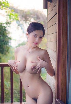 772752 296x1000 - Zhao Wei Yi Nude Images