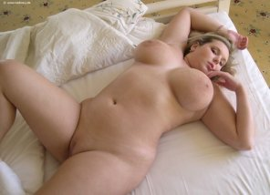 amateur photo Very Inviting
