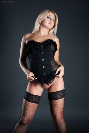amateur photo Blonde in black corset