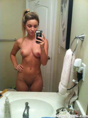 amateur photo Fuck me she is hot