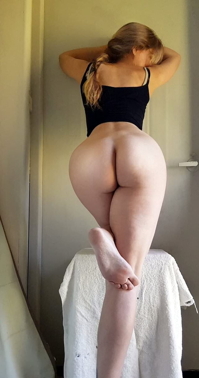College Amateur Blonde Big Ass
