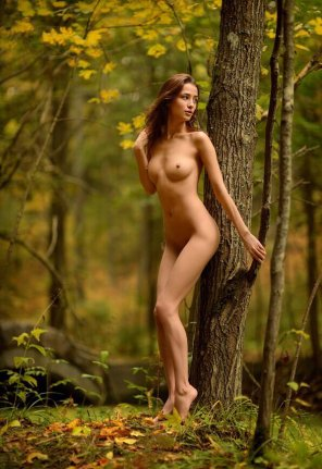 amateur photo Babe in the woods