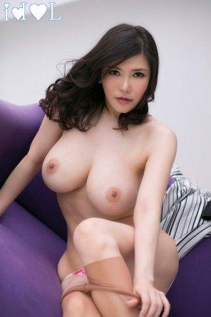 Okita nude anri JapaneseBeauties Free