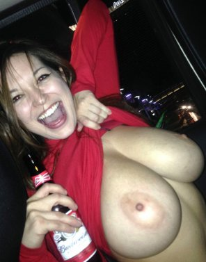 amateur photo Tessa Fowler = Fun Drunk