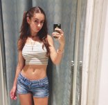 amateur photo midriff for days