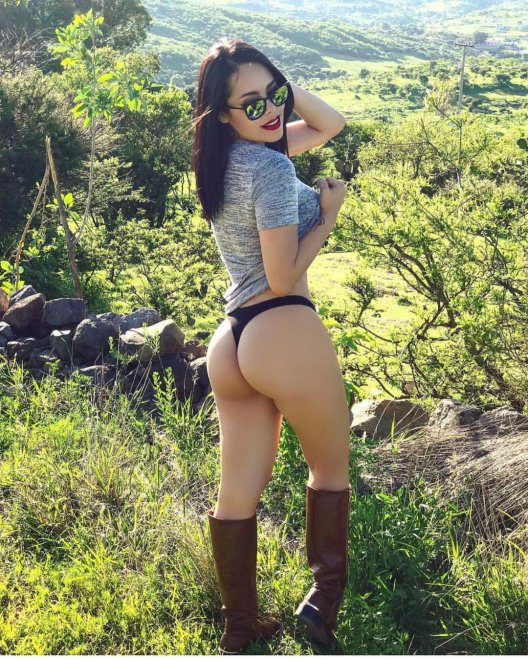 Jailyne Ojeda Ochoa Porn Photo