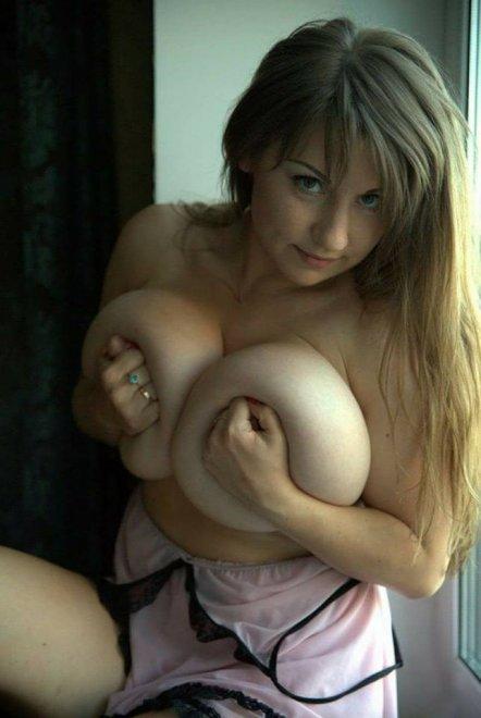 If life gives you big tits, make a lemonade Porn Photo