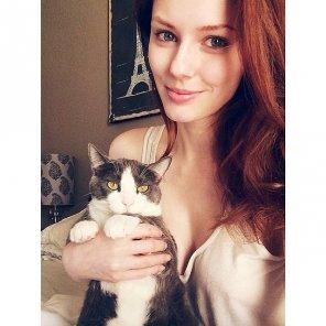 amateur photo Alyssa Campanella's pussy