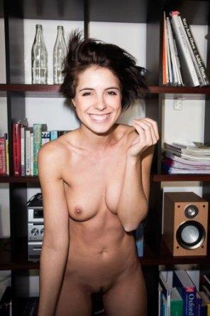 amateur photo Smiling brunette