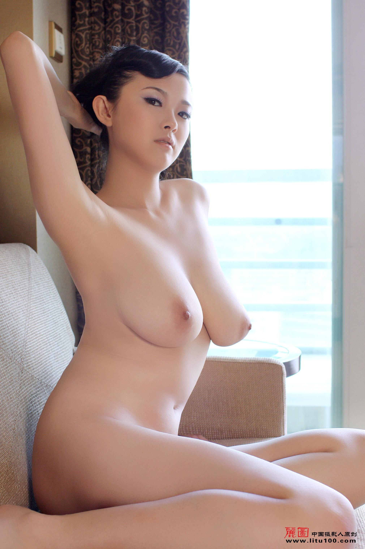 Softcore porn butt plugs