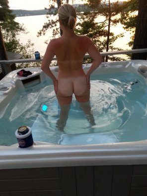 amateur photo Hot Tub with a Gorgeous View