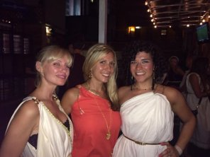 amateur photo Toga party: All Three Please