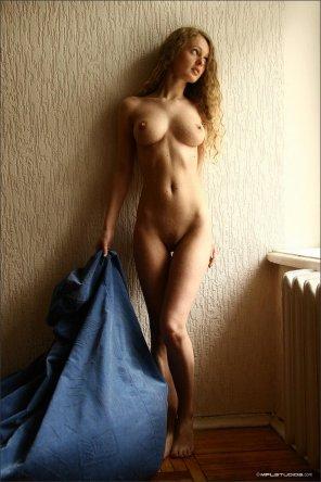 amateur photo Blue blanket