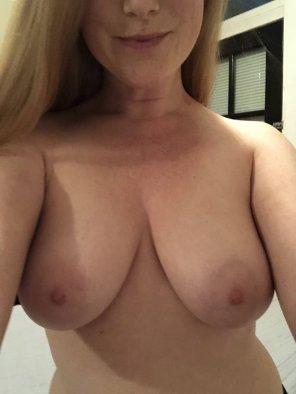 amateur photo Titties 🤗 [f]