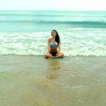 amateur photo Cross legged in the water.