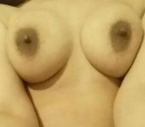 amateur photo Brown nipples