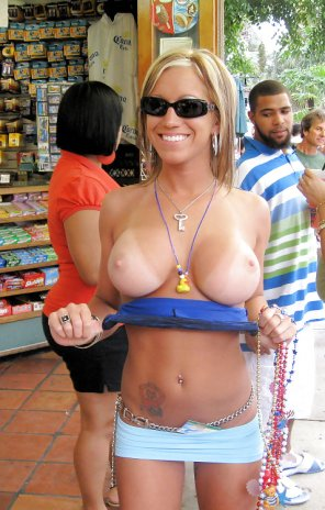 amateur photo Happy flasher