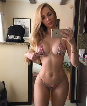 amateur photo Beautiful body