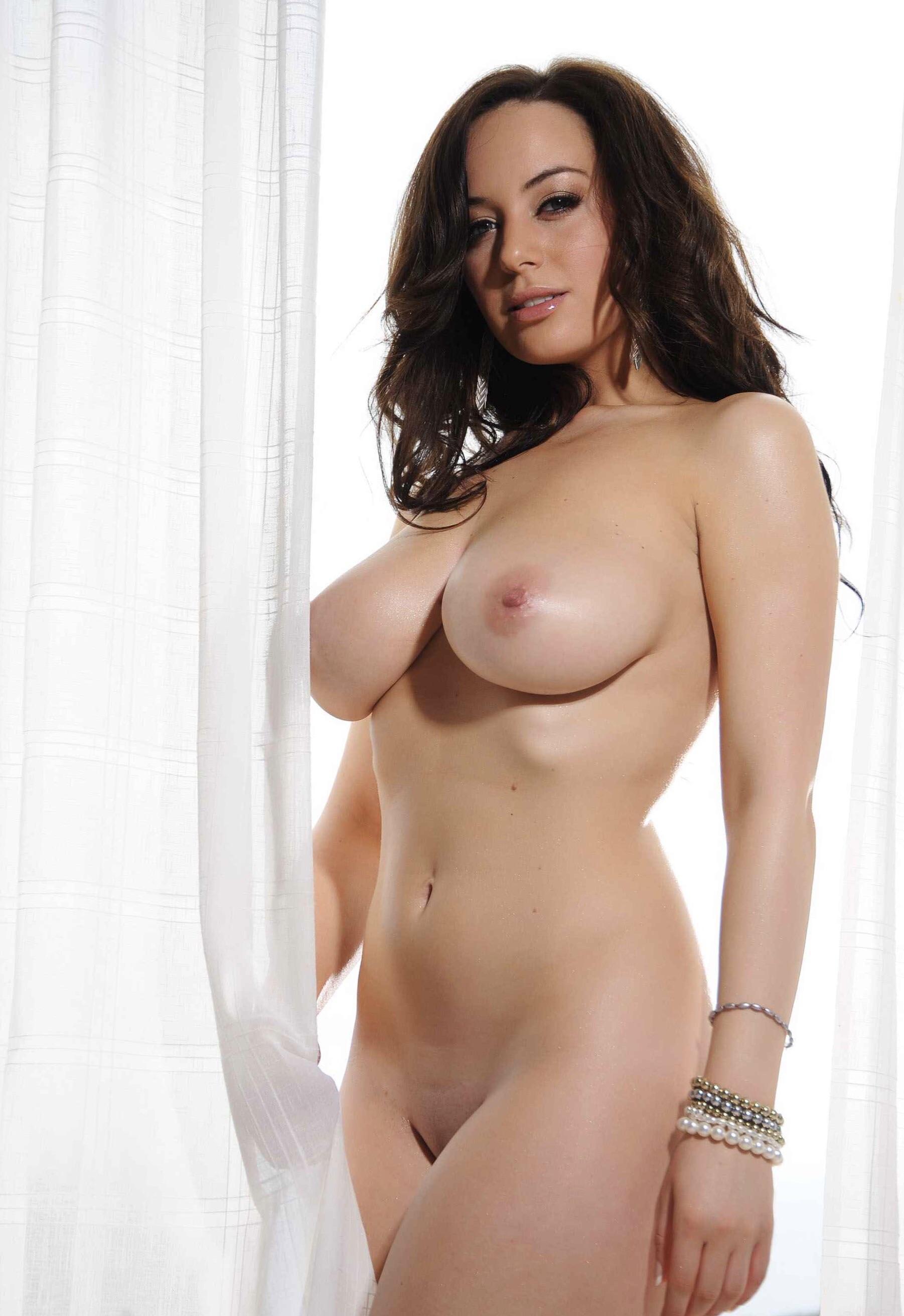 Lindsay strutt nude