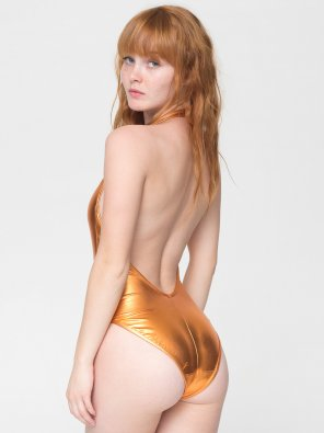 amateur photo Kacy Hill - red & gold