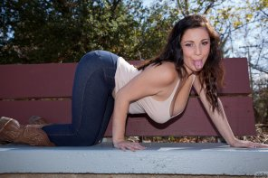 amateur photo Noelle Easton sticking her tongue out