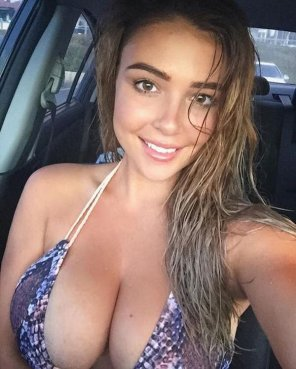 amateur photo Car Cutie