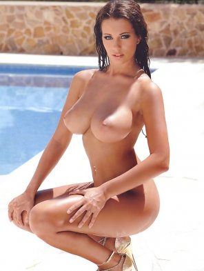 amateur photo Holly Peers
