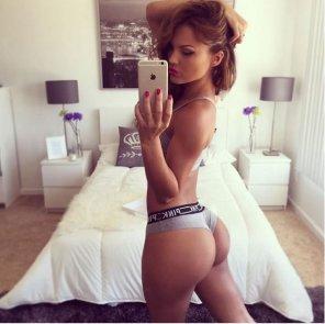 amateur photo Stunning bedroom selfie