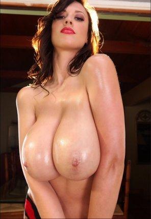 amateur photo The ample Lana Kendrick