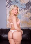 amateur photo Anikka Albrite