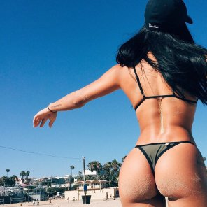 amateur photo Katya Elise Henry